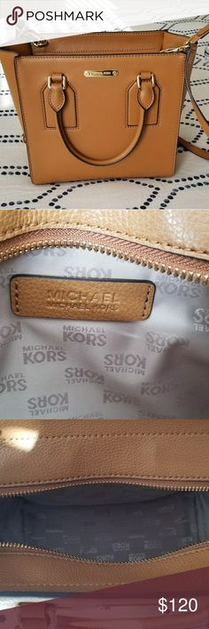 Michael Kors Handbag Beautiful Carmel color handbags. NEW. Purchased in December 2017. Used only once. Very comfortable straps. Michael Kors Bags