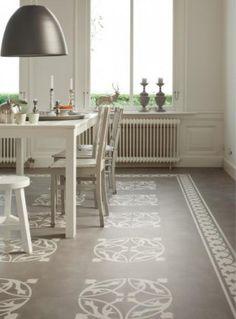 Stenciled Floor on front porch Best Flooring, Vinyl Flooring, Kitchen Flooring, Pvc Flooring, Painted Floors, Painted Furniture, Painted Rug, Stenciled Floor, Floor Design
