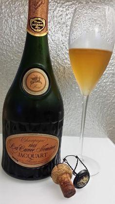 "Champagne Jacquart Brut Rosé ""La Cuvée Nominée"" 1988 White Wine, Alcoholic Drinks, Champagne, Rose, Glass, Drinking, Pink, Drinkware, Corning Glass"