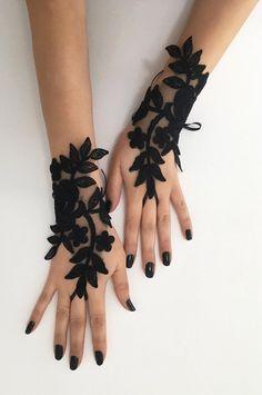 Black lace glove french lace bridal gloves, fingerless gloves black glove burlesque glove guantes steampunk glove goth wedding in 2019 Gants Steampunk, Steampunk Gloves, Gothic Steampunk, Steampunk Necklace, Black Lace Gloves, Black Lace Fabric, Red Lace, Lace Bridal, Gloves Fashion