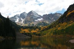 Maroon Bells, Aspen Colorado ... makes me want to sing and shout and hike and then sit for hours in the quiet peacefulness