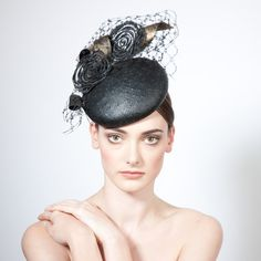 Omo- Lace Cocktail Hat with Veiling