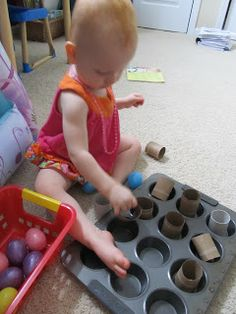 tot trays, learning activities, etc Toddler Play, Baby Play, Infant Activities, Activities For Kids, Learning Activities, Sensory Activities, Preschool Ideas, Heuristic Play, School Tables