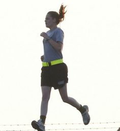 kristen stewart XRAY | Kristen Stewart rodaje ejercicio camp x-ray x ray fotos inéditas ...