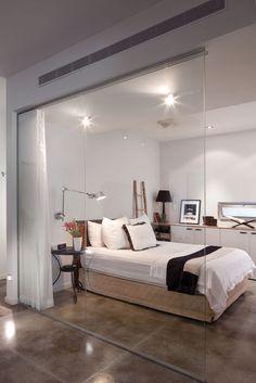 הכל בגלל הגינה: דירה משופצת בצפון תל אביב   בניין ודיור