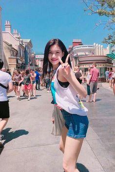 ❛Pretty has 6 letters, so does janina❜ ❛gausah sok inggris, kalo ing… Story Korean Couple, Korean Girl, Asian Girl, Korean Beauty, Asian Beauty, Fake Instagram, Choi Yoojung, Kim Sejeong, Cute Girl Face