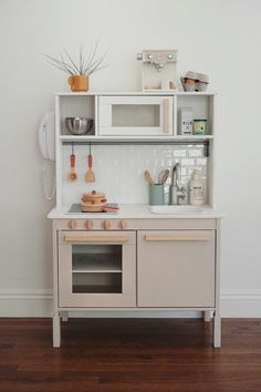 modern ikea play kitchen hack - almost makes perfectYou can find Play kitchens and more on our website.modern ikea play kitchen hack - almost makes perfect Play Kitchen Diy, Ikea Kids Kitchen, Kitchen Hacks, Kitchen Decor, Kitchen Modern, Toddler Kitchen, Kitchen Trends, Kitchen Designs, Ikea Kitchens