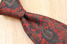 ABSTRACT Robert Talbott BEST OF CLASS Vintage Red Paisley mens Silk Tie #RobertTalbottBestofClass #NeckTie