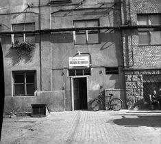 Csepel Vas- és Fémművek, Dolgozók Általános Iskolája az Iskola utcában. A kép forrását kérjük így adja meg: Fortepan / Budapest Főváros Levéltára. Levéltári jelzet: HU.BFL.XV.19.c.10