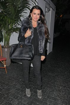 Kyle Richards Photo - Kyle Richards arriving at Chateau Marmont for dinner Tuesday night with friends