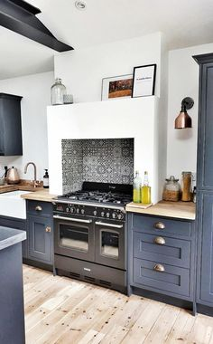 17 Gorgeous Grey Blue Kitchen That Trend Right Now White Kitchen Cabinets Blue gorgeous Grey Kitchen Trend Home Decor Kitchen, Diy Kitchen, Home Kitchens, Kitchen Furniture, Kitchen Utensils, Kitchen Ideas, Eclectic Kitchen, Decorating Kitchen, Design Furniture