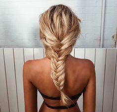 Mermaid hair goals via My Hairstyle, Messy Hairstyles, Pretty Hairstyles, Hairstyle Ideas, Makeup Hairstyle, Summer Hairstyles, Medium Hairstyles, Coiffure Hair, French Braids