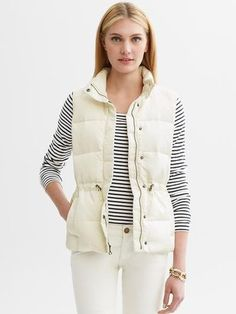 ShopStyle: White down-filled puffer vest, only wear with blue jeans Puffer Vest Outfit, White Puffer Vest, Vest Coat, Vest Outfits, Cool Outfits, Snow Boots Outfit, Cream Vests, Preppy Style, My Style
