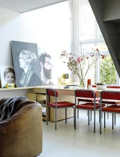 Red chairs and portraits on the wall   Styling Susanne Kennedy   Photography Louis Lemaire   Text Mariska Keus   vtwonen May 2015