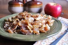 Little B Cooks: Chronicles from a Vermont foodie: Braised Cabbage & Apples