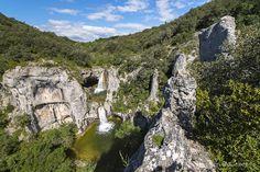 Cascades de la Sompe, Lagorce, sud Ardèche. © Christian Boucher. #paysruomsois #ardeche  Plus d'infos www.otruoms.com