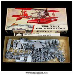 Plastic Model Kits, Plastic Models, Vintage Toys 1960s, Airfix Models, Airfix Kits, Airplane Design, Hobby Toys, Military Modelling, Military Diorama