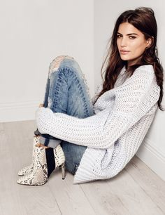 Cameron Russell - H&M 2015 // casual denim + cozy sweater + pointy booties style