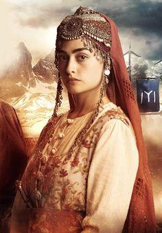 Old Turkish costume Turkish Women Beautiful, Turkish Beauty, Most Beautiful Indian Actress, Girl Pictures, Girl Photos, Turkish Wedding, Tribal Looks, Beautiful Series, Turkish Fashion