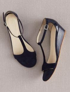 T bar Demi wedges