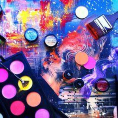 In #makeupforever boutique #paris rue des Francs-Bourgeois / artwork by Susanna