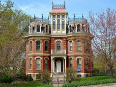 Davenport, Iowa...the Fred B. Sharon House....Second Empire style.....built in 1910....