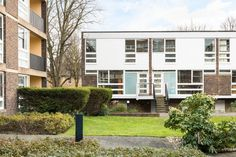 What We're Hearing: Span - A History of London's Iconic Homes | Journal | The Modern House