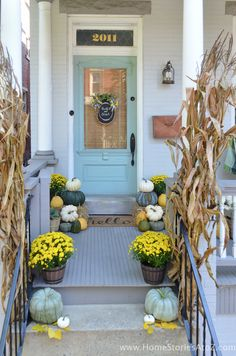 5 Tips on How to Create a Beautiful Fall Entryway  #homedecor #home #diy
