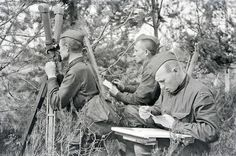 1942 - Artillery observers at the Karelian Front  in the Soviet Union.