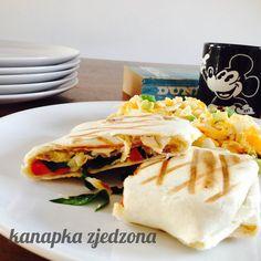 kanapka zjedzona: Torttlila na ciepło z humusem
