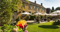 The great outdoors: al fresco dining in the Cotswolds