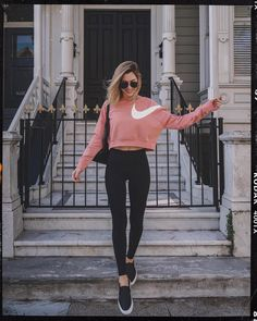 23 Cute Summer Outfits With Leggings to Copy Now Source by outfits with leggings Summer Fashion Outfits, Sporty Outfits, Cute Summer Outfits, Fall Outfits, Cute Outfits, Sporty Fashion, Fashion Ideas, Fashion Trends, Corporate Fashion