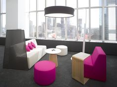 Toronto WorkLife Center Image Gallery | The Americas | WorkLife Centers | Where We Are | Company | Steelcase - Office Furniture