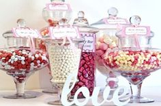 Follow this pin over to The Ethical Bride website to read all about how to create your own DIY Vegan Wedding Candy Buffet. Complete with a list of suggested vegan lollies and chocolates (produced for Australian readers!) and tips for sourcing jars and decorating!