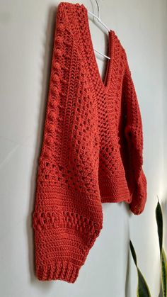 Crochet Sweaters, Crochet Tops, Crochet Clothes, Sweater Design, Knit Fashion, Knitting, Crochet Patterns, Cata, Outfits