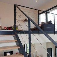 Next image >> Metal Stairs, Metal Railings, Staircase Railings, Balustrade Inox, Balustrades, Metal Homes, Atrium, Home Living Room, Cable Inox