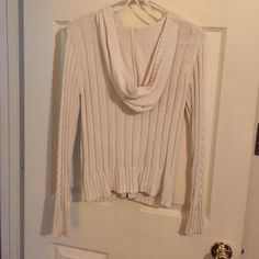 Knit zip up hoodie This is a beautiful sweater! There are three small ink spots that I have been unable to remove. Otherwise, it is in gorgeous condition and I would still wear it if it fit!  Aeropostale Sweaters Cardigans