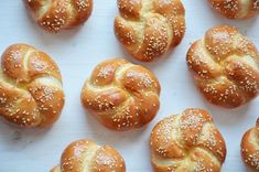Delicious yeast egg bread made into small rolls, perfect for dinner or buns for sandwiches and sliders! - Brought to you by No Yolks Challah Rolls, Bread Rolls, Bread Winners, Savory Pastry, How To Make Bread, No Bake Cake, Bread Recipes, Food And Drink, Meals