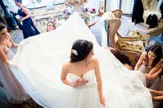 twin oaks garden estate bridal suite bride getting ready candid wedding photography