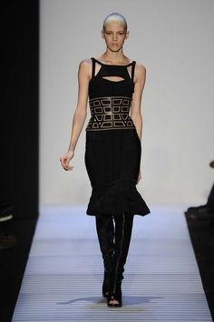 Aphotic Avant-Garde Styles - The Herve Leger Fall 2014 Collection is Mystery At its Very Best (GALLERY)