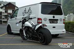 custom-t5-vw-transporter-on-vossen-wheels_5.jpg 1.600×1.066 píxeles