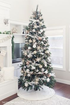 White and Gold MichaelsMakers Dream Tree Challenge
