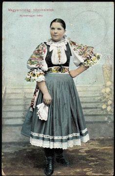 Magyarországi népviseletek. Nyitra megyei leány | Képcsarnok | Hungaricana Folk Clothing, Historical Clothing, Folk Costume, Costumes, Vintage Outfits, Vintage Fashion, Hungarian Embroidery, Japanese Street Fashion, Character Outfits