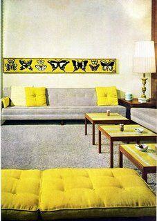 黄色とグレーの組み合わせ3 ソファに黄色いクッション