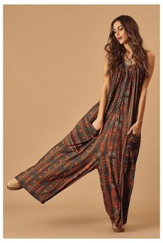 Boho Fashion Winter, Boho Fashion Over 40, Look Fashion, Bohemian Fashion, Fashion Design, Bohemian Clothing, Fashion Vintage, Curvy Fashion, Style Outfits