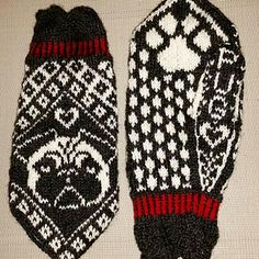 This pattern will be available for free through out February. Pugs and kisses! This pattern will be available for free through out February. Pugs and kisses! Double Knitting Patterns, Knitted Mittens Pattern, Knit Mittens, Knitted Gloves, Knitting Socks, Hand Knitting, Crochet Patterns, Wrist Warmers, Hand Warmers