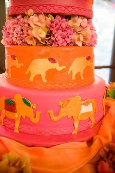 Indian wedding cake http://girlyinspiration.com/