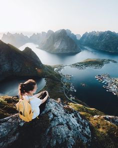Silent hours above the town of Reine. This view is so much better in real life than in the pictures. 👌🏻 If you come to Lofoten, check out… Lofoten, Monuments, Excursion, Explorer, Just Go, Norway, Real Life, Wanderlust, Nature