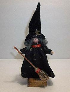 Halloween Witch Decorations, Halloween Night, Spirit Halloween, Halloween Masks, Baby Halloween, Halloween Themes, Vintage Halloween, Vintage Holiday, Primitive Folk Art