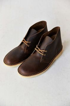 491ee44452f1f7 90 exciting Footwear images | Shoe boots, Cloakroom basin, Comfy shoes